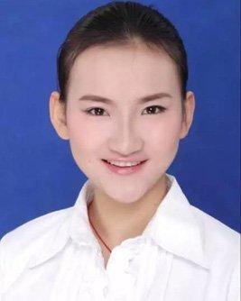2013届学生 王珊珊--中国航空公司